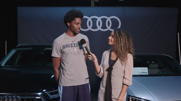 Alexis Morgan goes 1 on 1 with Justin Holiday
