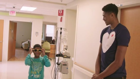 Bruno Caboclo visits kids at Le Bonheur Children's Hospital recap