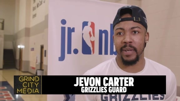 Jevon Carter visits Grizzlies Youth Summer Camp Recap