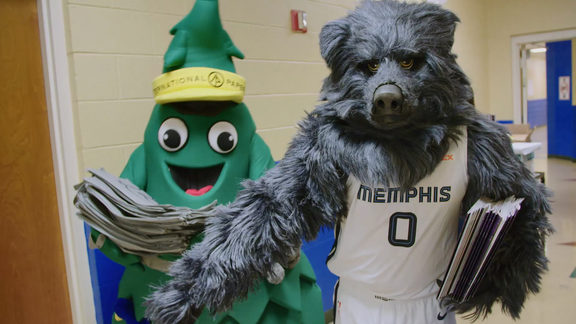Grizzlies and International Paper Host Read to Achieve at Winridge Elementary Recap