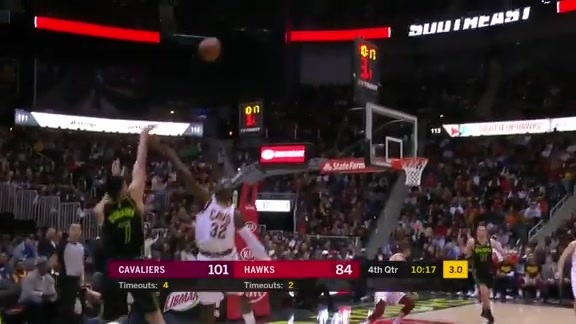 Hawks Players Make It Rain In Philips Arena vs. Cavaliers
