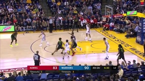 Hawks Throw Down vs. Warriors