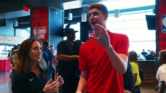 Rookie Kevin Huerter Wanted Buckets in a Game of Pop-A-Shot