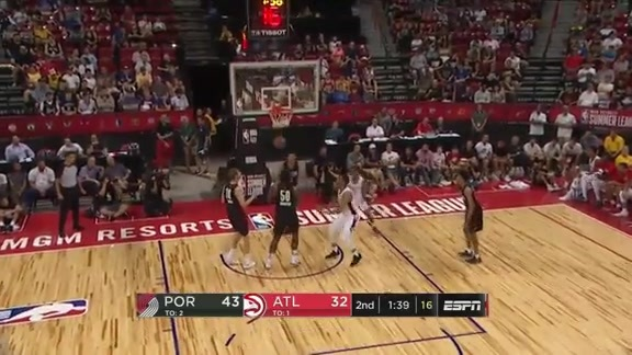 Jaylen Adams Goes to Work During Summer League