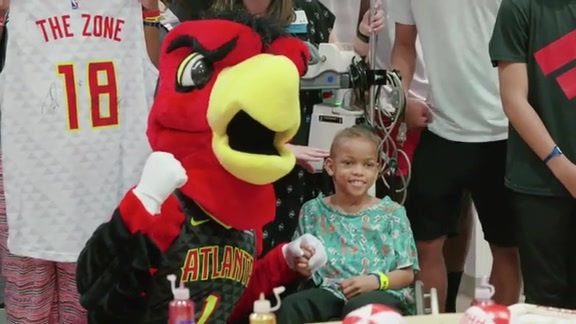 Children's Healthcare of Atlanta Receives Special Visit From Hawks
