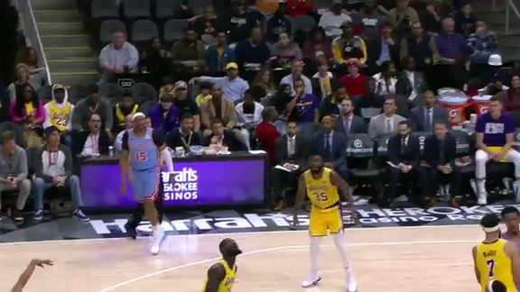 Trae Young Shines Against Lakers