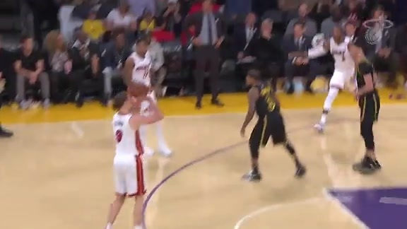 3-Pointers vs Lakers (3/16/18)