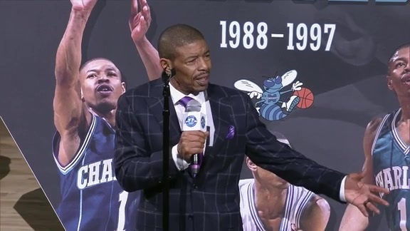 Hornets Legend |Muggsy Bogues Halftime Ceremony - 12/14/18