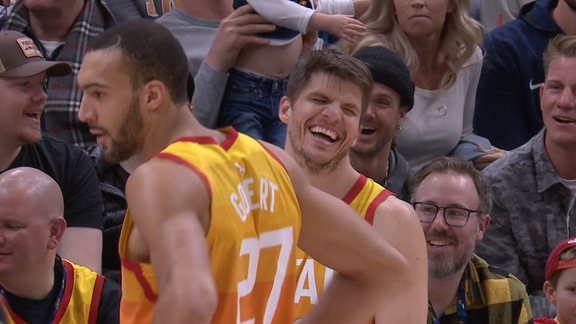Kyle Korver laughs about his Shaqtin' moment