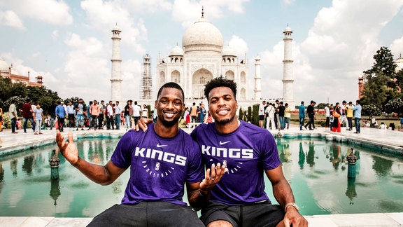 Kings Visit the Taj Mahal