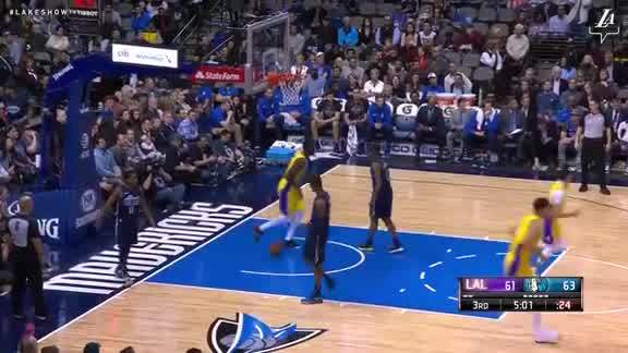 Dunk by Julius Randle