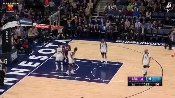 Randle Slams it Home