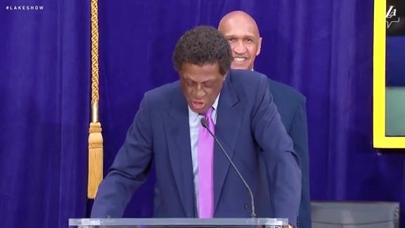 Sights and Sounds: Elgin Baylor Statue Unveiling