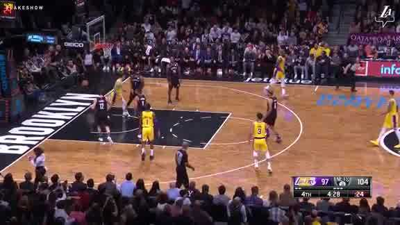 Lonzo's Two-Handed Slam