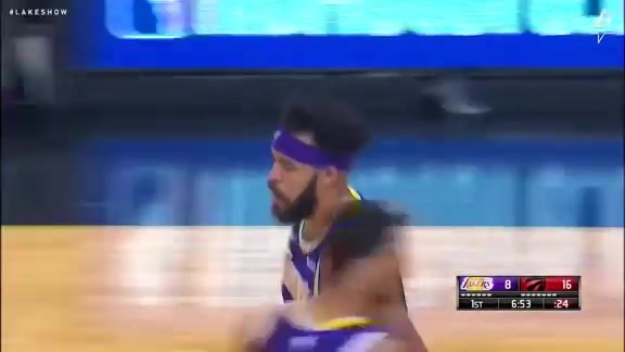 JaVale Finishes on the Break