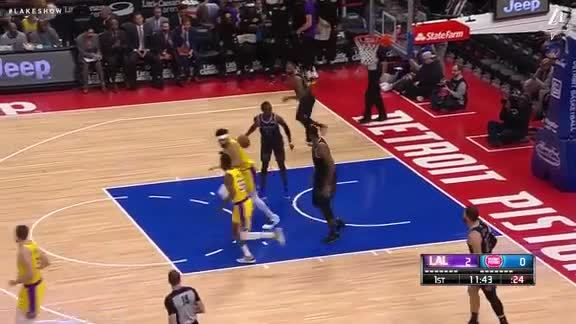 JaVale Throws Down the Lob