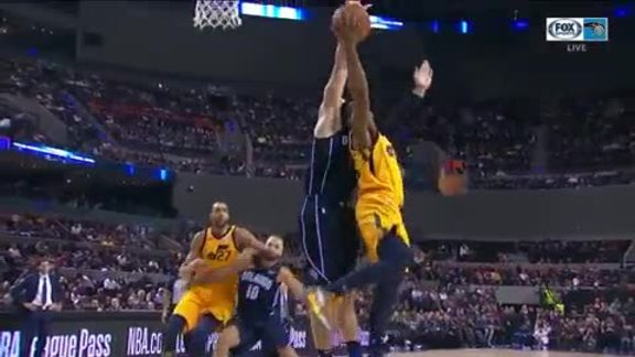 Vucevic Blocks Mitchell