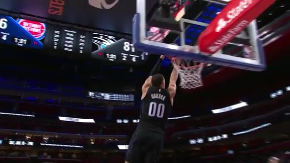 Aaron Gordon Makes It Look Easy