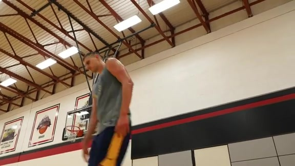 Nikola Jokić Works Out in Vegas