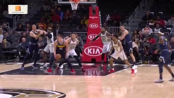 Jokić First Half Highlights Against the Hawks