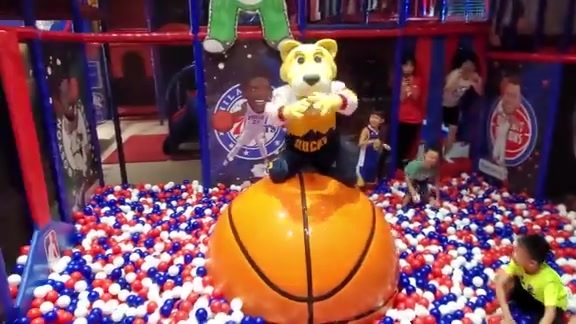 Rocky In China - Ball Pit