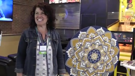 Artist Jamie Locke Completes Pacers-Themed Mandala During Game 3