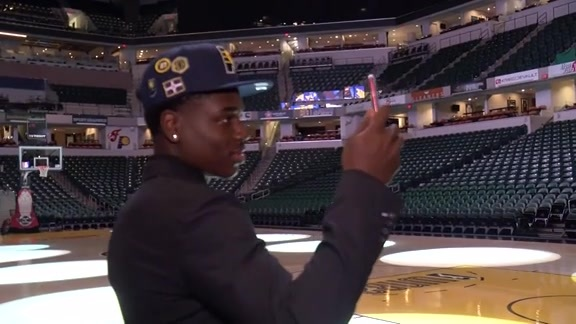 Aaron Holiday's First Day in Indy