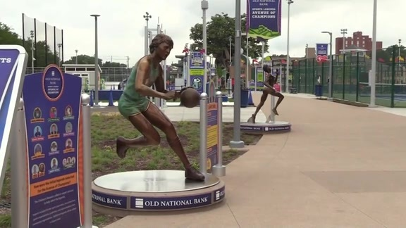 Sports Legends Statues Unveiled at Children's Museum of Indianapolis