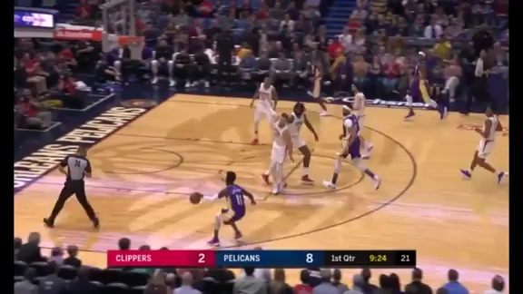 Jrue Holiday Converts On Both Ends