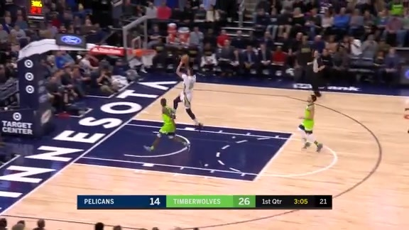 Anthony Davis Scores 19 in the First Quarter