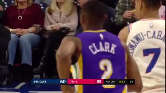Ian Clark with 15 pts in the 4th vs. 76ers