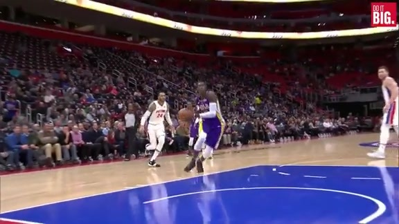 Rondo to Cheick for the Dunk