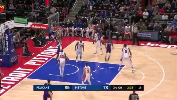 Mirotic gets the steal and dunk