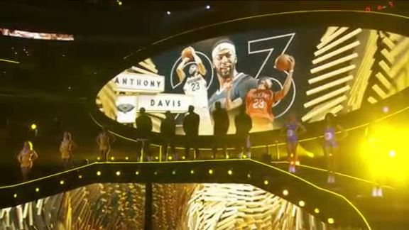 Anthony Davis, DeMarcus Cousins Introduced with Team LeBron