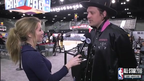 NBA All-Star 2018: Jen Hale interviews Arcade Fire's Win Butler
