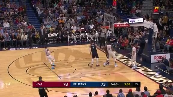 Clark with the steal for the transition bucket