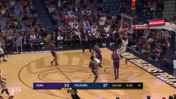 Davis shows off his bounce
