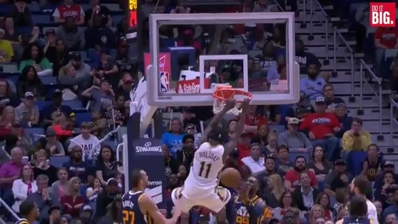 Jrue with the dunk