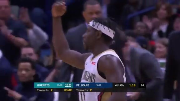 Jrue Holidays steps up down the stretch