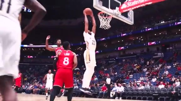 Anthony Davis Slams in Slo-Mo