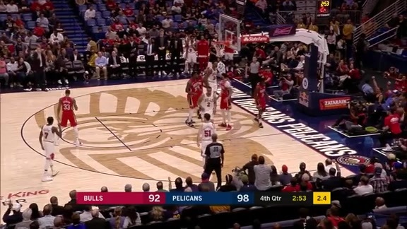 Jrue Holiday protects the rim