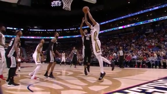 Anthony Davis goes off two for the slam