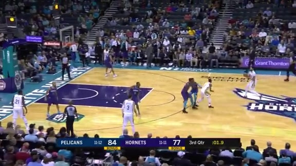 Anthony Davis leads the way with 36 points against Hornets