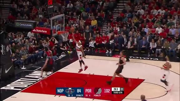 Tim Frazier with the easy bucket