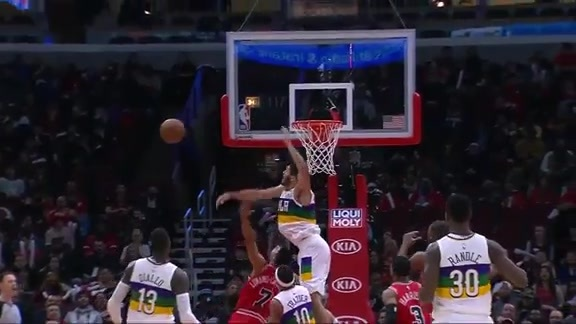 Big block by Kenrich Williams | Pelicans at Bulls Highlights