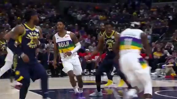 Elfrid Payton dishes no-look pass to Jrue Holiday | Pelicans at Pacers highlights