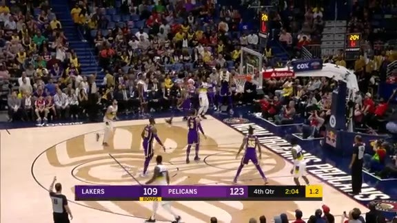 Clark extends the lead | Pelicans vs. Lakers Highlights