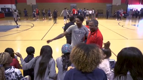 Pelicans hold practice at John Ehret High School on Friday, March 22
