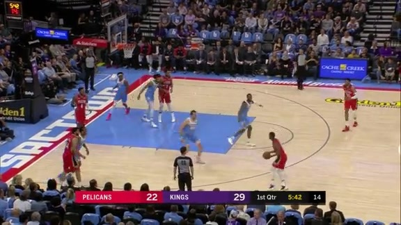 Ian Clark hits four triples in the first eight minutes l Pelicans at Kings Highlights