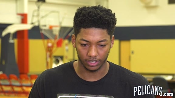 2018-19 Pelicans End of Season Media Availability: Elfrid Payton